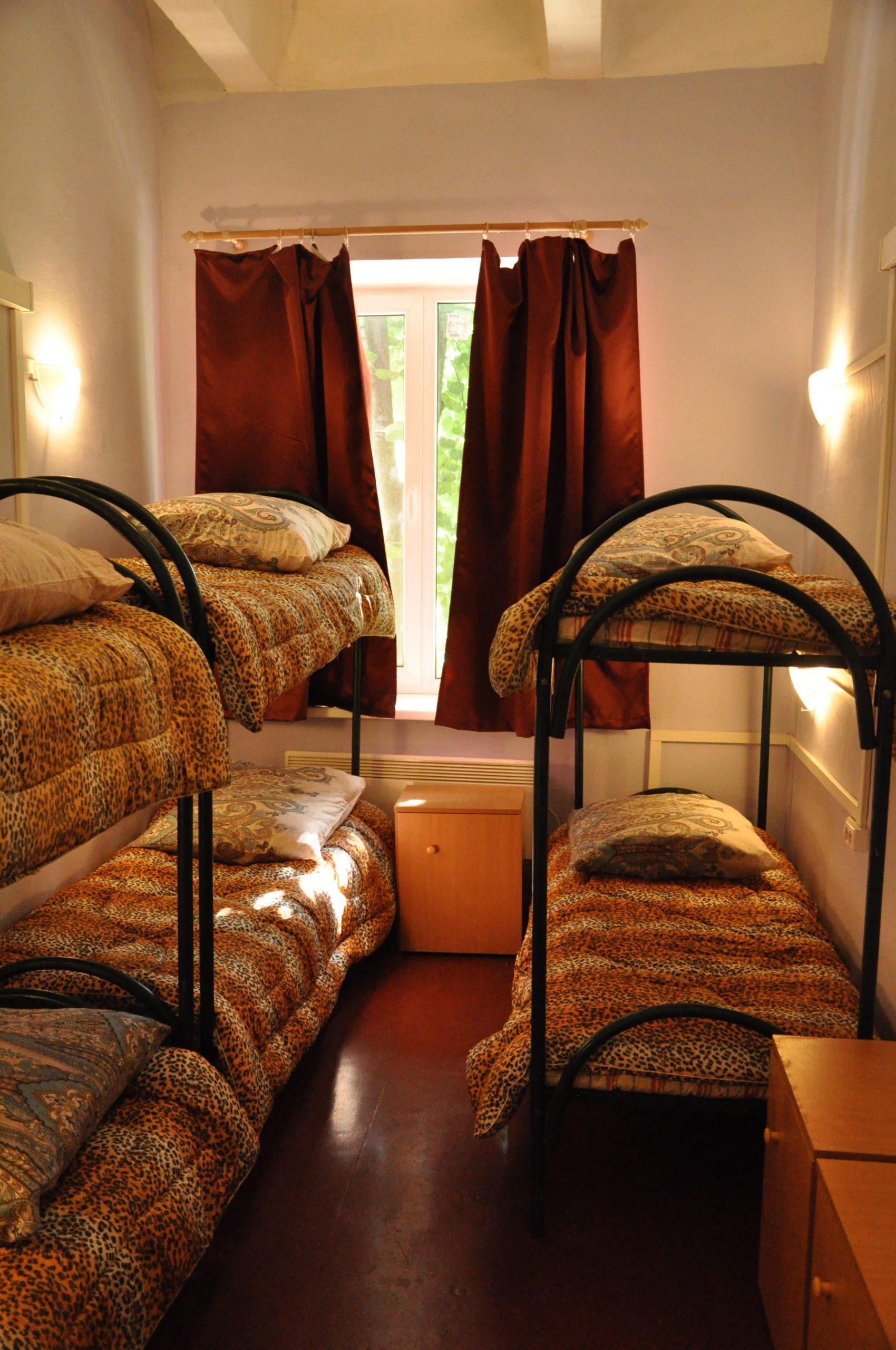 комната в общежитии в химках на 6 мест