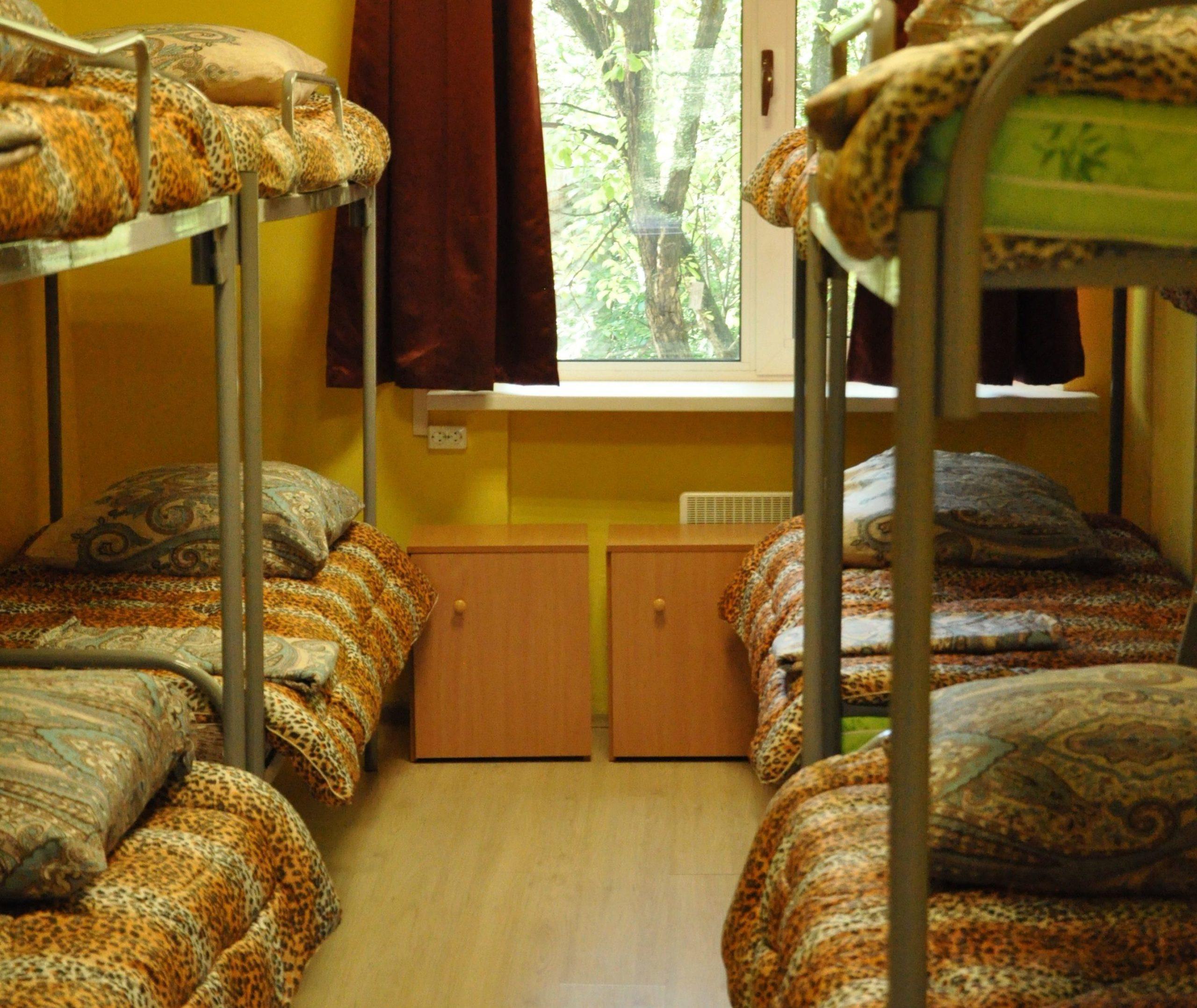 общежития химки 8ми местная комната в хостеле для рабочих